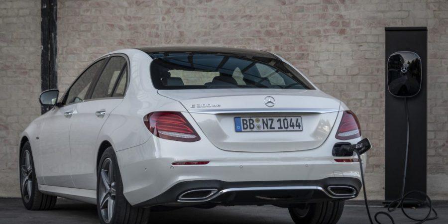 Mercedes inwestuje w fabrykę baterii do e-aut. Lokalizacja: Jaworzno