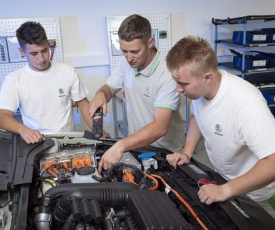 16370-skoda-kvasiny-car-emobility-training