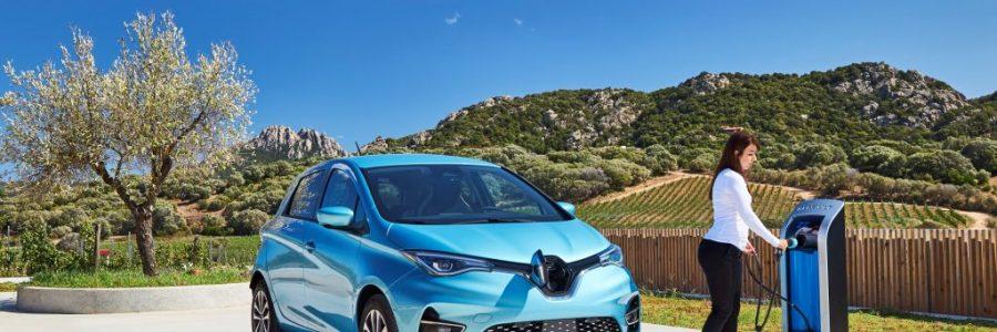 """Renault """"dostosował"""" cenę  elektryka do polskich przepisów. Kto następny?"""