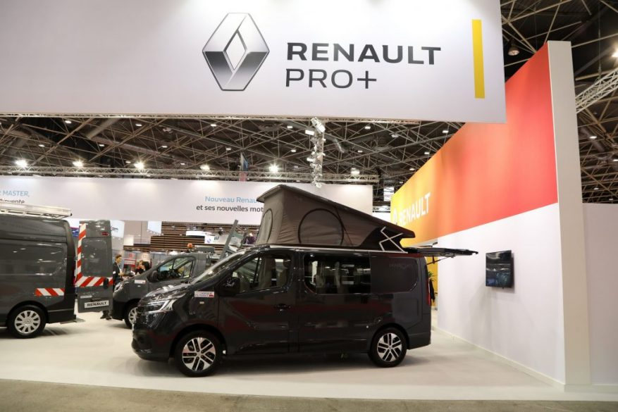 21236620_2019_-_solutrans_show_-_international_show_for_road_urban_transport