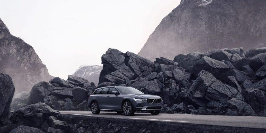 Volvo Cars zaprezentowało modele S90 i V90 z łagodnym napędem hybrydowym